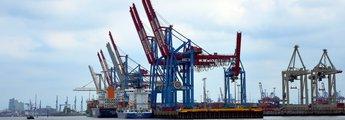 Krane im Hamburger Hafen