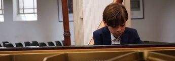 Colin Pütz am Klavier